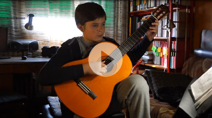http://www.gitaradidaktika.com/wp-content/uploads/2019/03/13_MarkoTomanic-tema-iz-filma-KUM.mp4